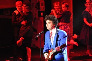 Ben Tomlinson as The Wedding Singer 'Robbie Hart'